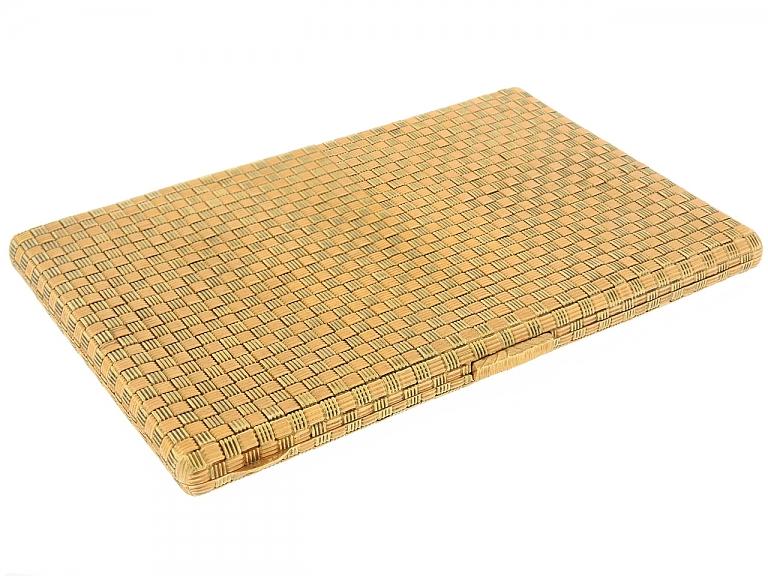Video of M. Buccellati Mid-Century Woven Cigarette Case in 18K Gold