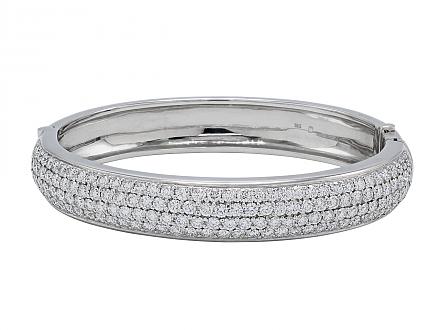 Diamond Bangle Bracelet in 18K White Gold