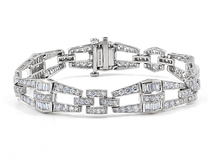 Diamond Bracelet in Platinum