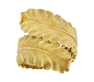Buccellati Leaf Bangle Bracelet in 18K Gold