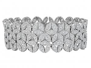 Floral Diamond Bracelet in 18K White Gold