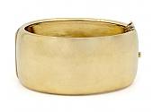 Antique Victorian Gold Hinged Bangle Bracelet in 17K Gold
