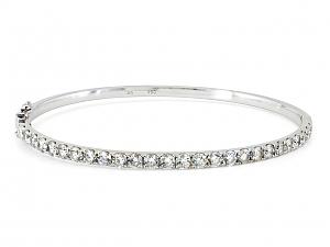 Diamond Bangle in 18K White Gold