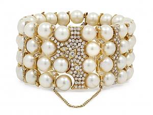 Four Row Pearl Bracelet with Diamonds in 18K Gold