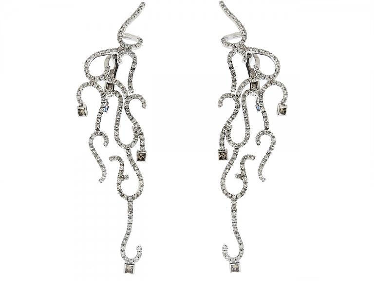 Video of H.Stern Diamond Earrings in 18K