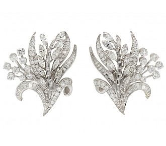 Diamond Flower Earrings in Platinum