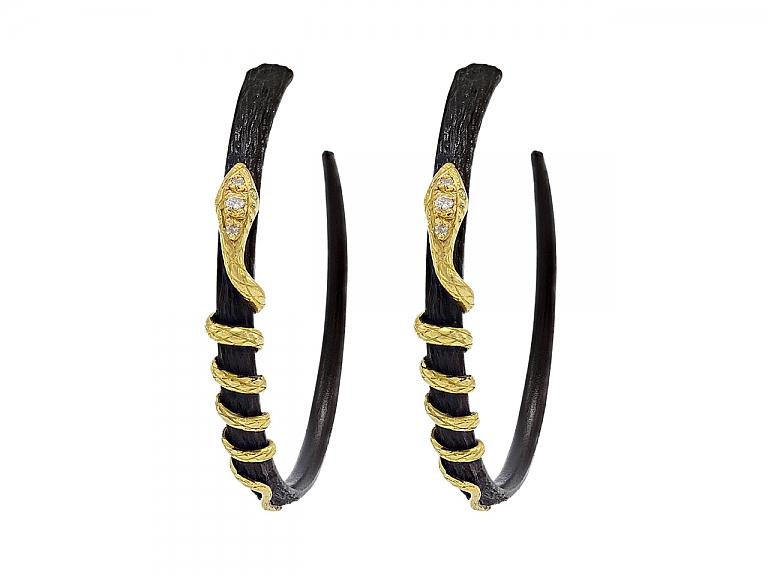 Video of Arman 'Golden Serpent' Hoop Earrings in Silver and 22K Gold