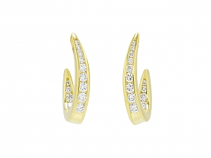 Diamond Hoop Earrings in 18K Gold