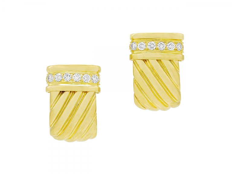 Video of Tallarico Diamond Half-Hoop Earrings in 18K Gold