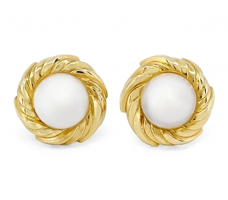 Mabe Pearl Earrings in 18K Gold