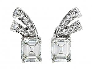 Mid Century Emerald Cut Diamond Earrings in Platinum, 2.31 total carats