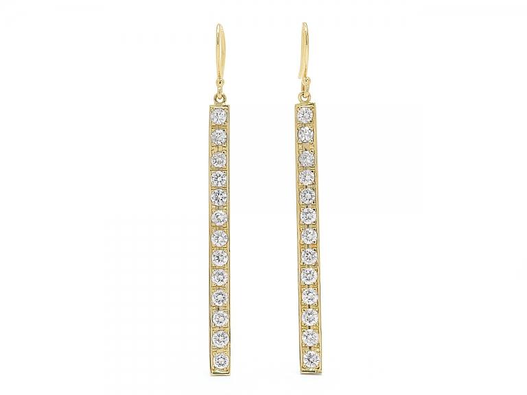 Video of Beladora 'Bespoke' Diamond Bar Ear Pendants in 18K Gold