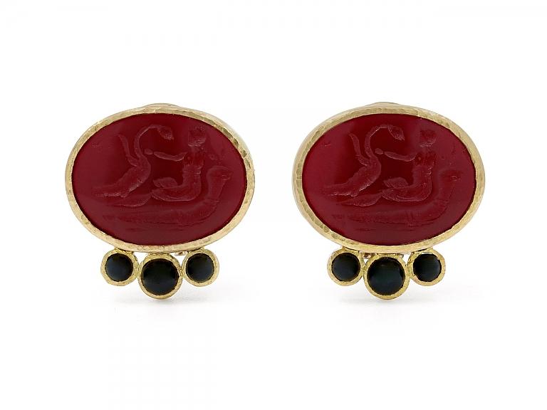 Video of Elizabeth Locke Venetian Glass Intaglio and Onyx Earrings in 18K Gold