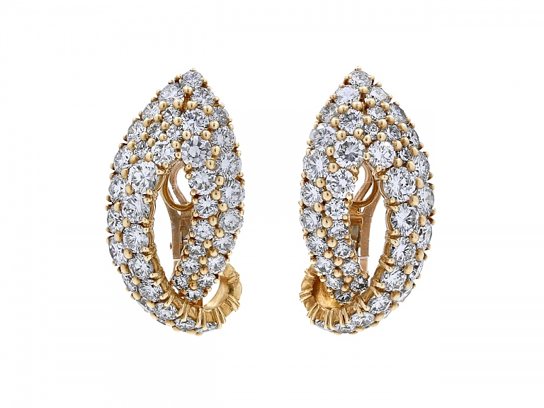 Video of French Diamond Ear-clips in 18K Gold