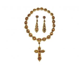 Antique Georgian Suite of Jewelry in 15K Gold