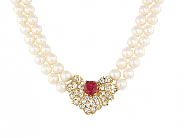 Mikimoto Necklace with Spinel and Diamonds in 18K