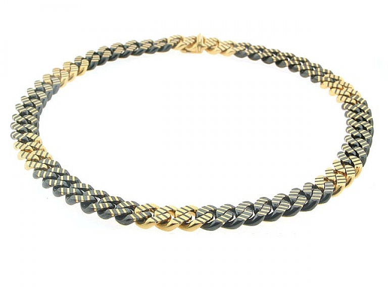Video of Faraone Chain Choker Necklace in 18K Blackened Gold