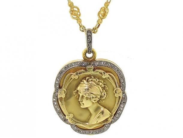 Antique Art Nouveau Diamond Locket Pendant in 18K