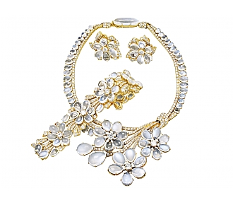 Exceptional Suite of Moonstone and Diamond Jewelry in 18K Gold, Swiss