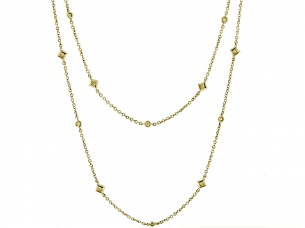 Diamond Station Necklace in 18K Gold