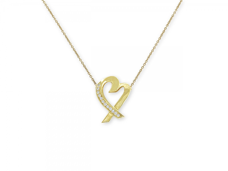 Video of Tiffany & Co. Palomo Picasso 'Loving Heart' Diamond Necklace in 18K Gold