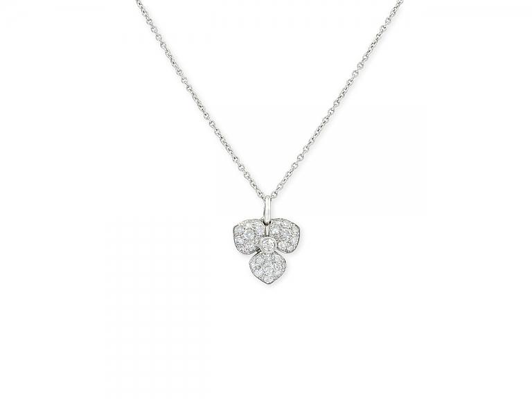 Video of Tiffany 'Petal' Diamond Flower Necklace in Platinum, Medium Size