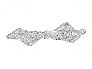 Antique Edwardian Diamond Bow Brooch in Platinum