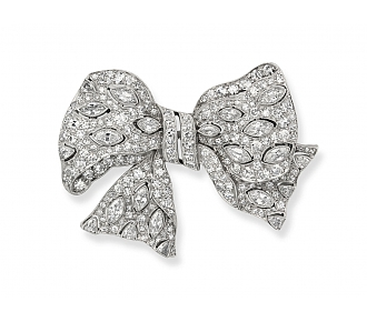 Exquisite Janesich Art Deco Diamond and Platinum Bow Brooch