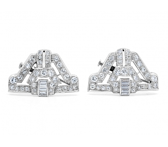 Pair of Art Deco Diamond Brooches in Platinum