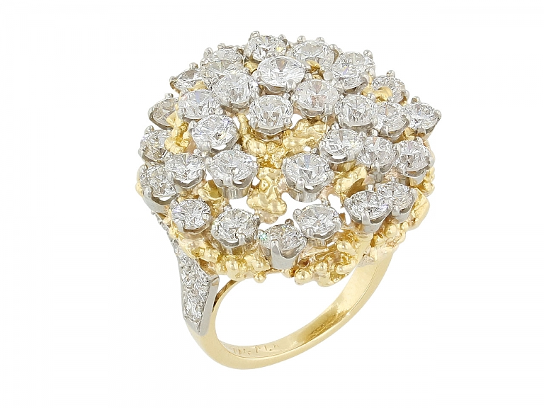Video of Ruser Diamond Ring in Gold and Platinum and 18K