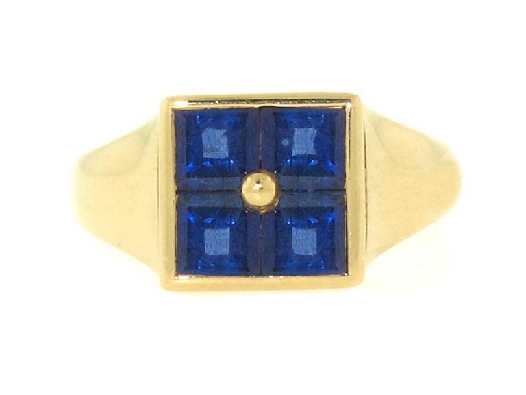 Video of Bulgari Sapphire Ring in 18K