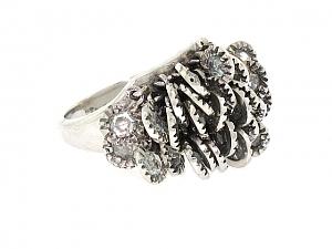 Diamond Fringe Ring in 18K White Gold