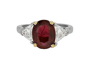 Thai Ruby, 3.49 Carat, and Diamond Ring in 18K and Platinum