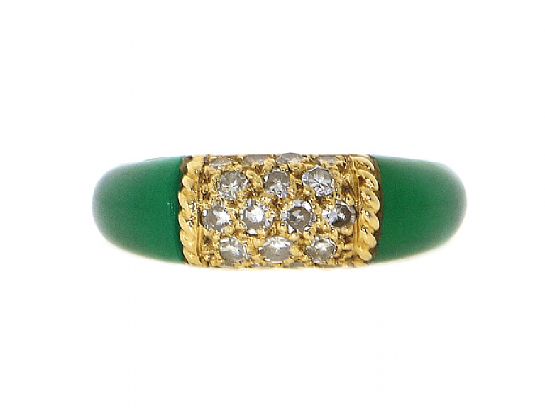 Video of Van Cleef & Arpels 'Philippine' Green Onyx and Diamond Ring in 18K