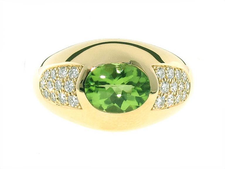 Video of Mauboussin Peridot and Diamond Ring in 18K
