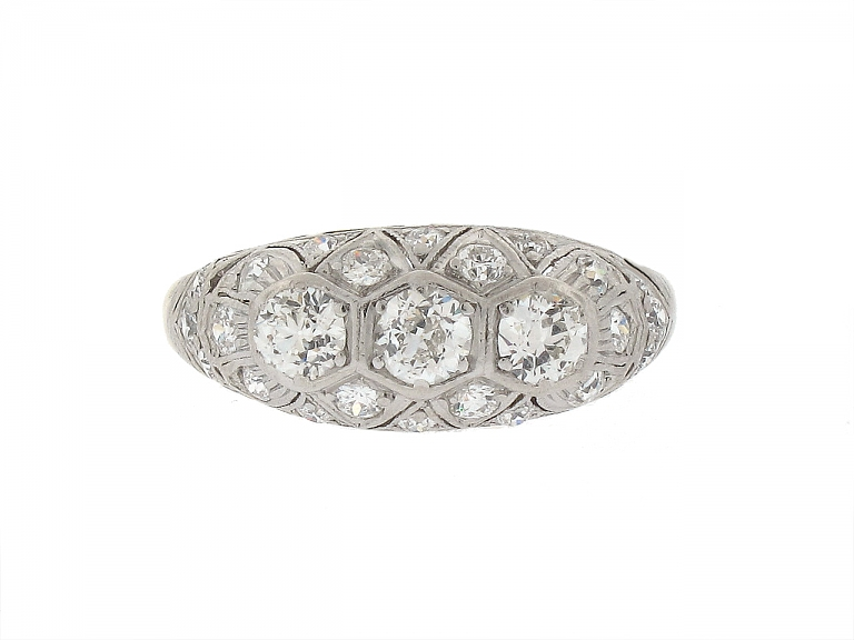 Video of Antique Edwardian Diamond Ring in 14K and Platinum