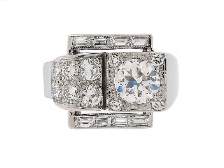 Video of Retro 1.50 Carat G/VS-2 Diamond Ring in Platinum