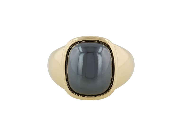 Video of Hermès Hematite Ring in 18K