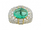 Emerald and Diamond Ring in 18K
