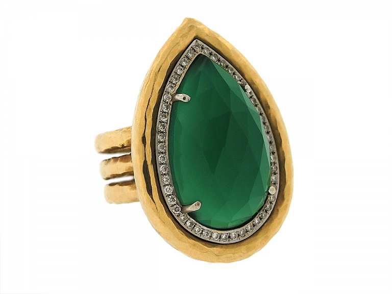 Video of Pamela Froman 'Empress' Green Onyx and Diamond Ring in 18K