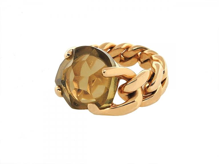 Video of Pomellato Green Quartz 'Lola' Curb Chain Ring in 18K Rose Gold