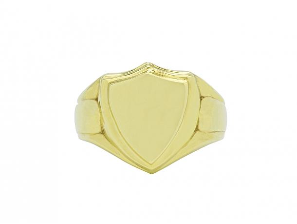 Beladora 'Bespoke' Shield Signet Ring in 18K Gold