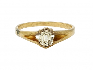 Antique Diamond Ring in 14K Gold