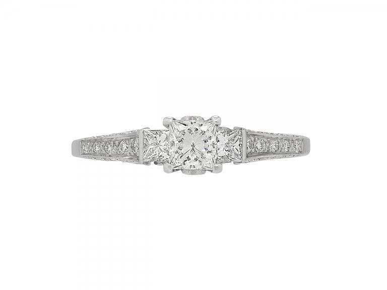 Video of Princess-cut Diamond Ring in 18K Gold