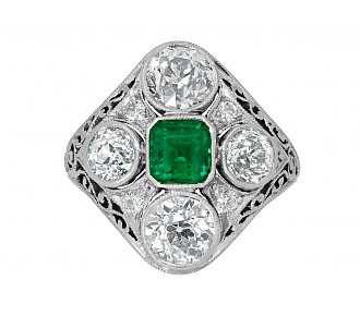 Edwardian Emerald and Diamond Ring in Platinum