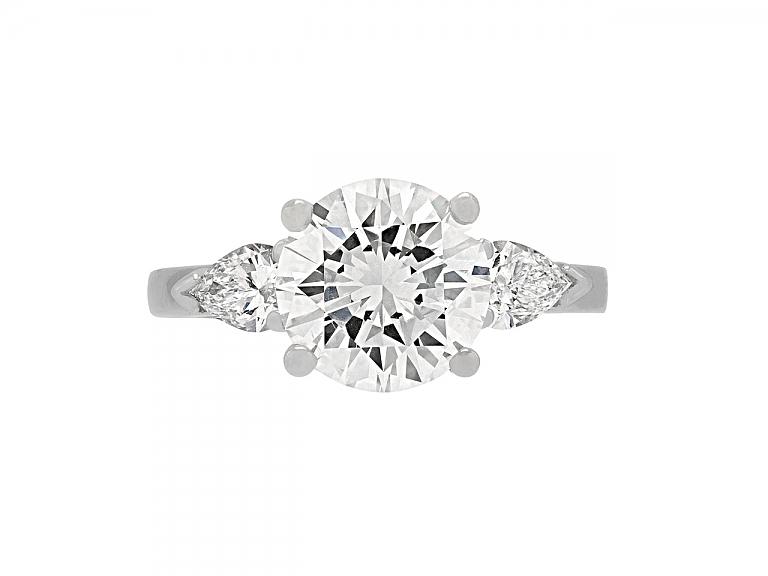 Video of Round Brilliant-Cut Diamond Ring, 3.06 Carat E/VS-2, in Platinum