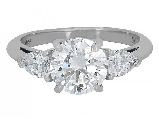 Tiffany & Co. Diamond Ring, 2.04 Carat E/VS1, in Platinum