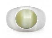 Cat's Eye Ring in Platinum