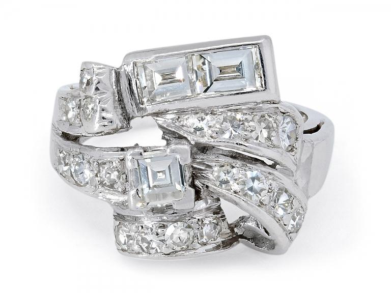 Video of Retro Diamond Ring in Platinum