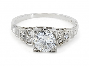 Edwardian Diamond Ring in 18K White Gold